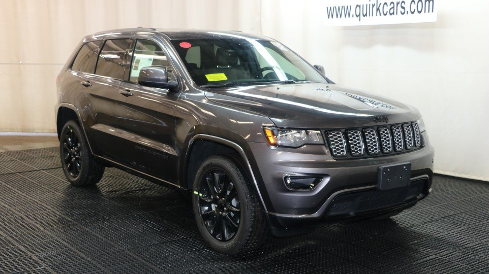 new 2017 jeep grand cherokee altitude sport utility in marshfield d6596 quirk chrysler dodge. Black Bedroom Furniture Sets. Home Design Ideas
